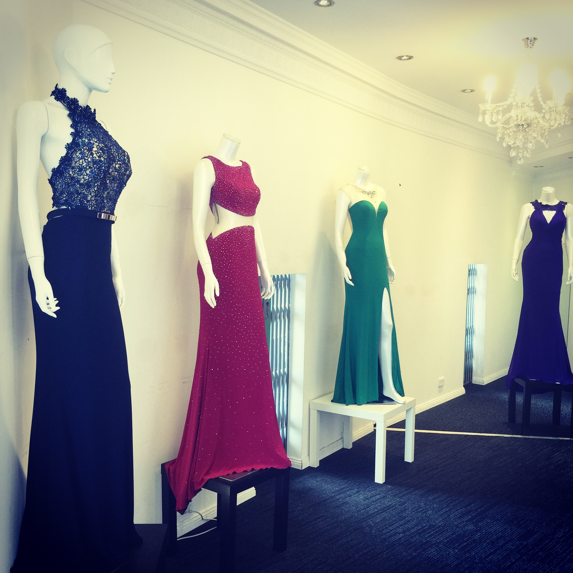 Frocks and Gowns Australia - Frocks and Gowns Australia